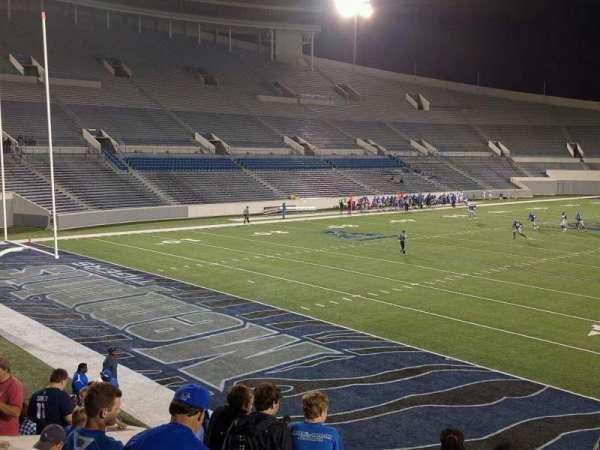 Liberty Bowl Memorial Stadium, vak: 111, rij: 20, stoel: 01
