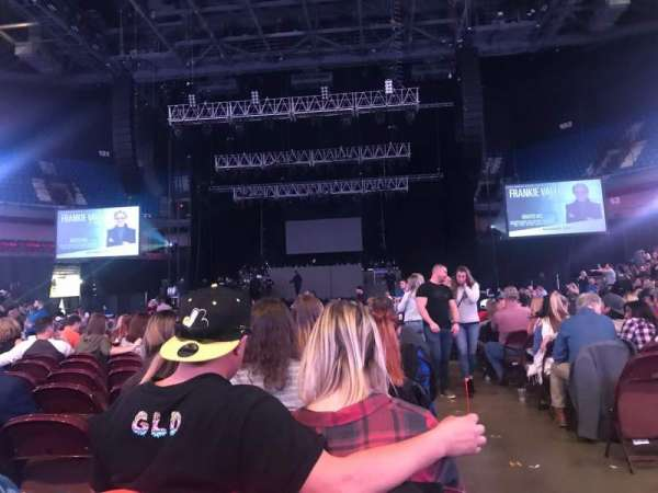 Mohegan Sun Arena, vak: 5, rij: N, stoel: 1