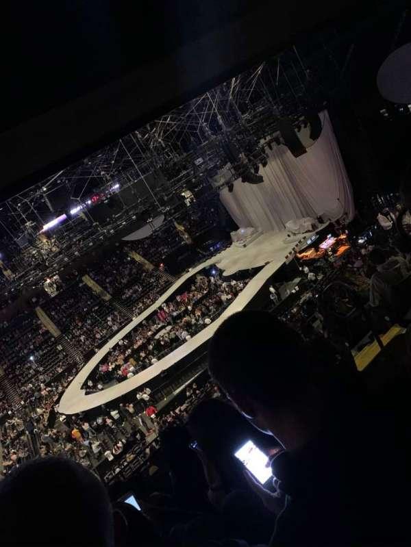 Nassau Veterans Memorial Coliseum, vak: 203, rij: 12, stoel: 4