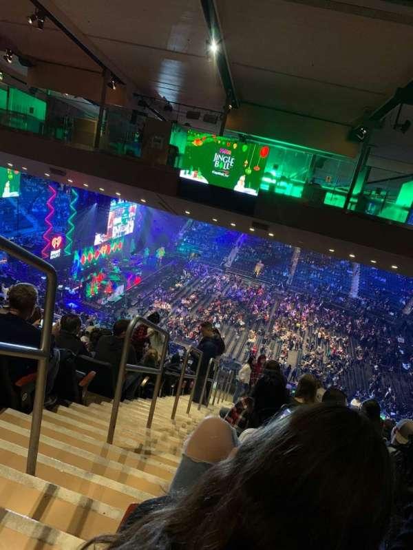 Madison Square Garden, vak: 225, rij: 23, stoel: 1