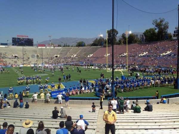 Rose Bowl, vak: 24-L, rij: 4, stoel: 1