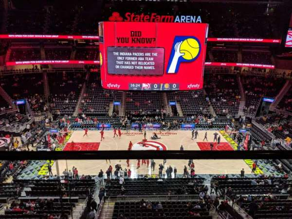State Farm Arena, vak: 209, rij: A, stoel: 13