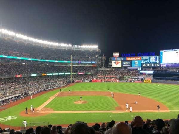 Yankee Stadium, vak: 216, rij: 10