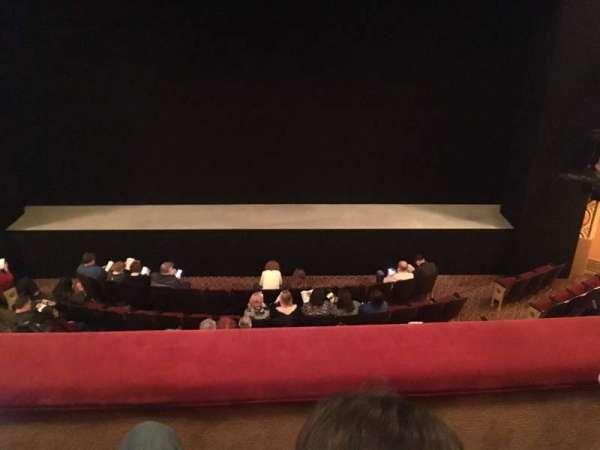 Bernard B. Jacobs Theatre, vak: Mezzanine C, rij: B, stoel: 108