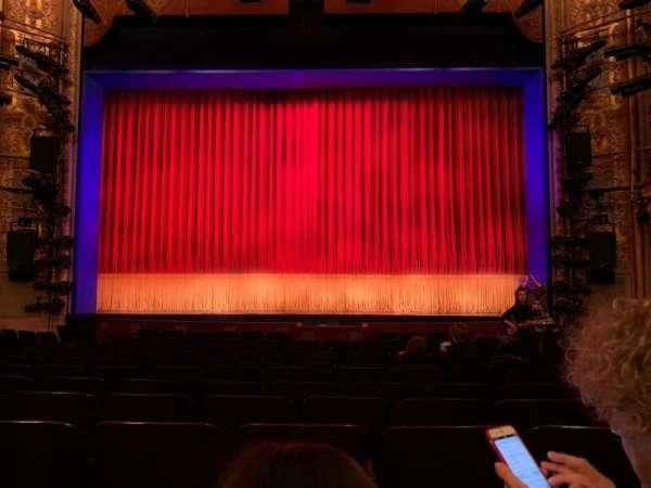 Longacre Theatre, vak: ORCC, rij: N, stoel: 106 And 107