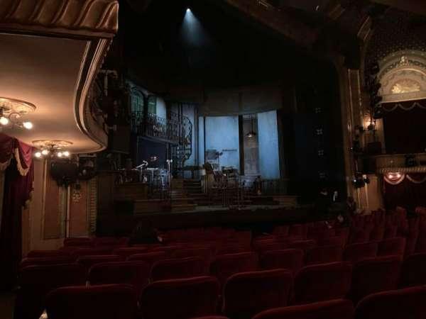 Walter Kerr Theatre, vak: ORCL, rij: M, stoel: 19 And 21