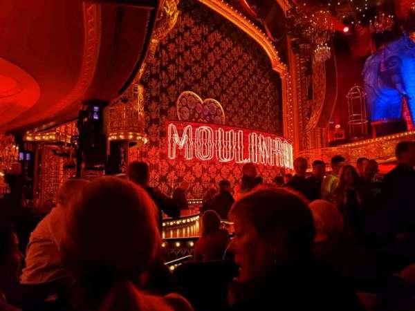 Al Hirschfeld Theatre, vak: Orchestra L, rij: J, stoel: 19