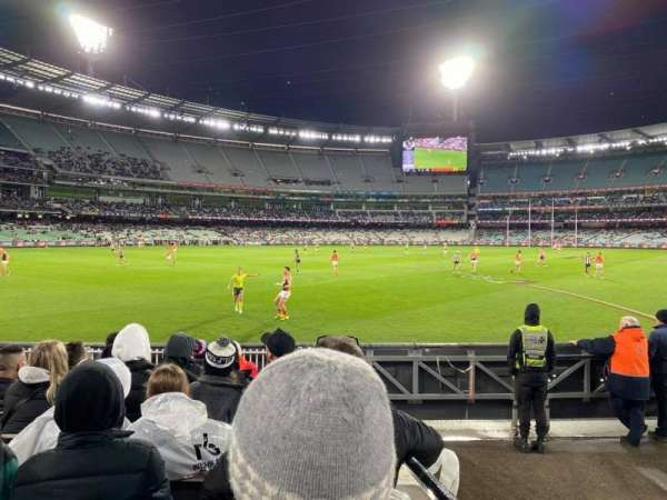 Melbourne Cricket Ground, vak: M28, rij: J, stoel: 12