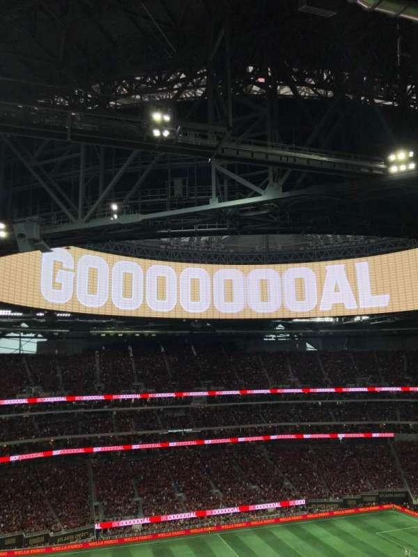 Mercedes-Benz Stadium, vak: 342, rij: 12, stoel: 24