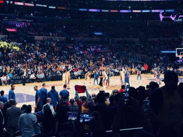 Staples Center, vak: 103, rij: 11, stoel: 7