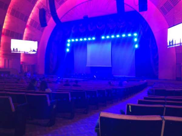 Radio City Music Hall, vak: Orchestra 2, rij: C, stoel: 213