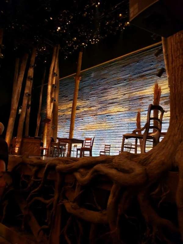 Gerald Schoenfeld Theatre, vak: Orchestra R, rij: B, stoel: 8
