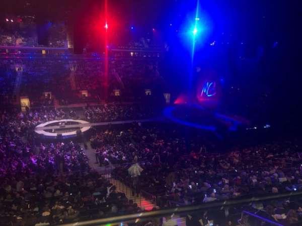 Madison Square Garden, vak: 210, rij: 1, stoel: 16