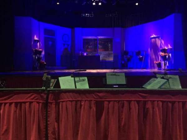 Prince of Wales Theatre (Cannock), vak: Floor, rij: D, stoel: 5