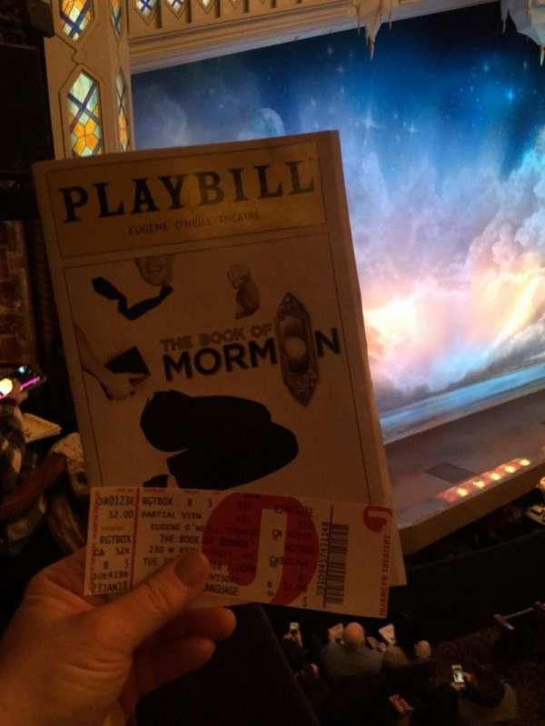 Eugene O'Neill Theatre, vak: L Box, rij: B, stoel: 6