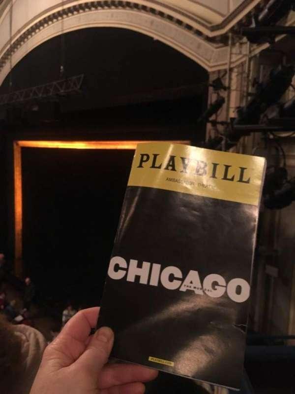 Ambassador Theatre, vak: Mez R, rij: C