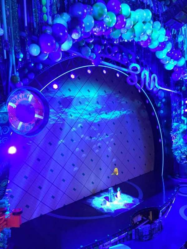 Palace Theatre (Broadway), vak: Mezz, rij: K