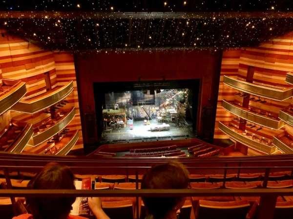 Eccles Theater, vak: TL 3, rij: E, stoel: 22