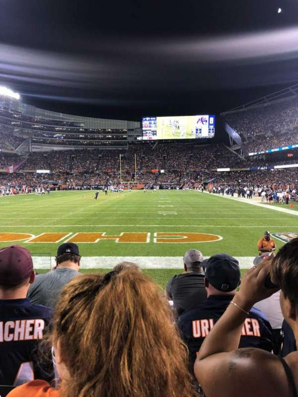 Soldier Field, vak: 150, rij: 4, stoel: 2