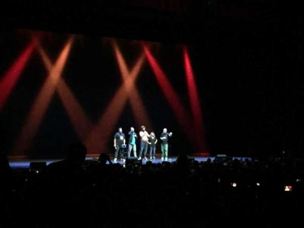 Chicago Theatre, vak: MNFL2L, rij: Q, stoel: 209