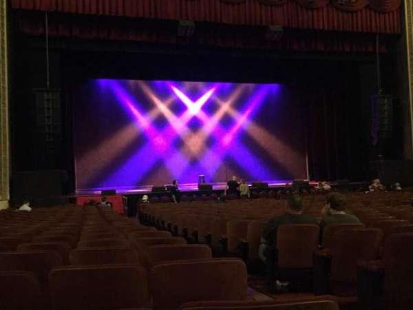 Chicago Theatre, vak: MNFL3L, rij: G, stoel: 301