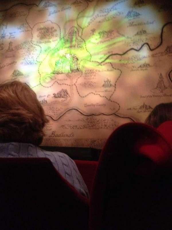 Oriental Theatre, vak: ORCH-C, rij: B, stoel: 113