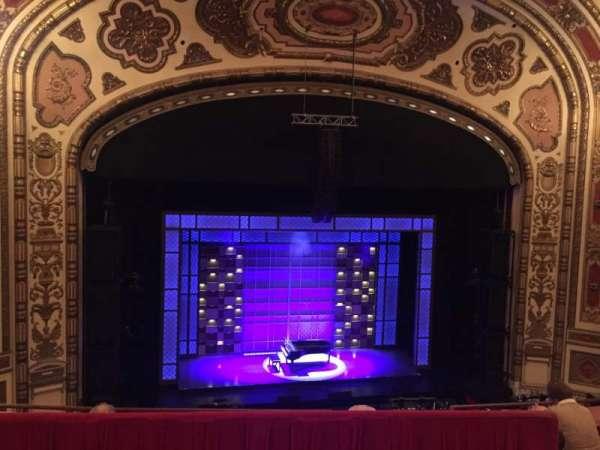 Cadillac Palace Theater, vak: BALCLC, rij: D, stoel: 306