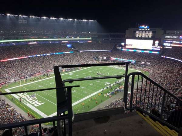 Gillette Stadium, vak: 339, rij: 9, stoel: 1