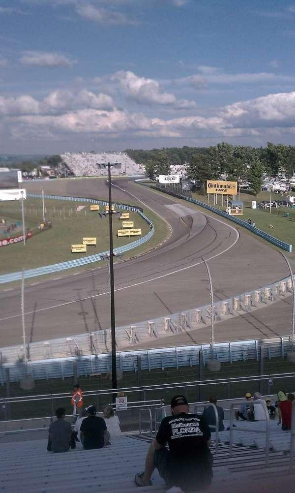 Watkins Glen International, vak: Riesbeck Grandstand, rij: 22, stoel: 4