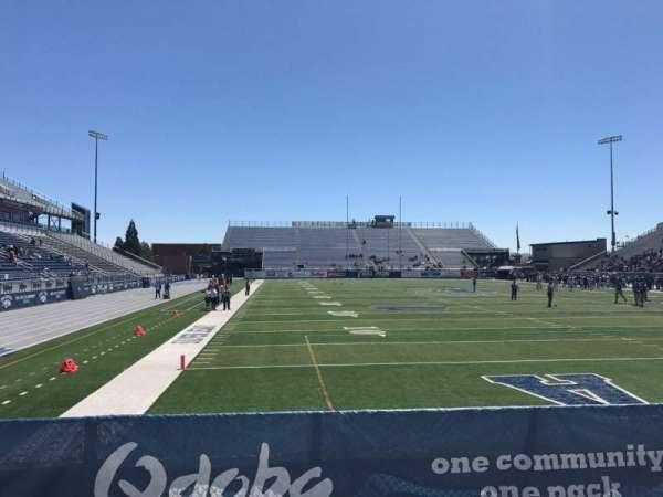Mackay Stadium, vak: One Student, rij: 5, stoel: Left