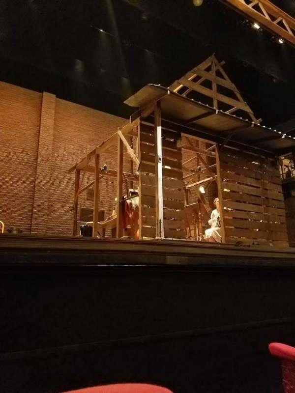 Cort Theatre, vak: Orchestra, rij: A, stoel: 1