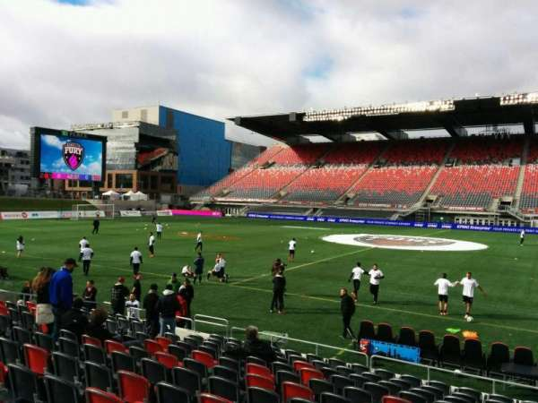 TD Place Stadium, vak: R, rij: 13, stoel: 9