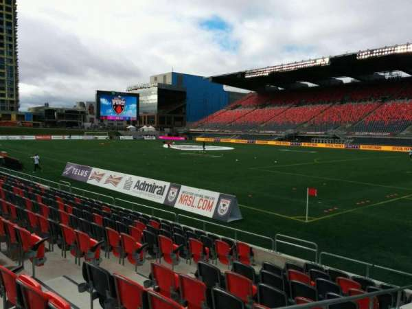 TD Place Stadium, vak: M, rij: 10, stoel: 12
