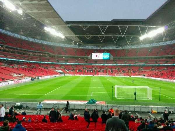 Wembley Stadium, vak: 135, rij: 24, stoel: 19