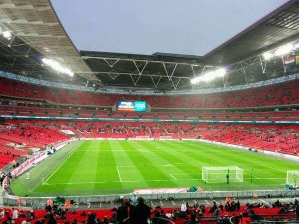 Wembley Stadium, vak: 135, rij: 42, stoel: 50