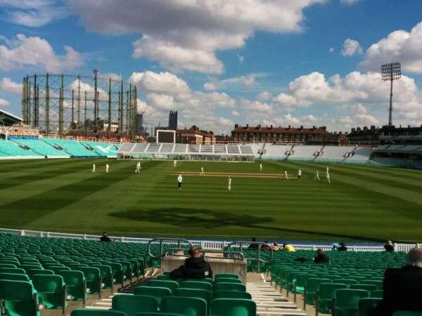 Kia Oval, vak: 3, rij: 28, stoel: 86