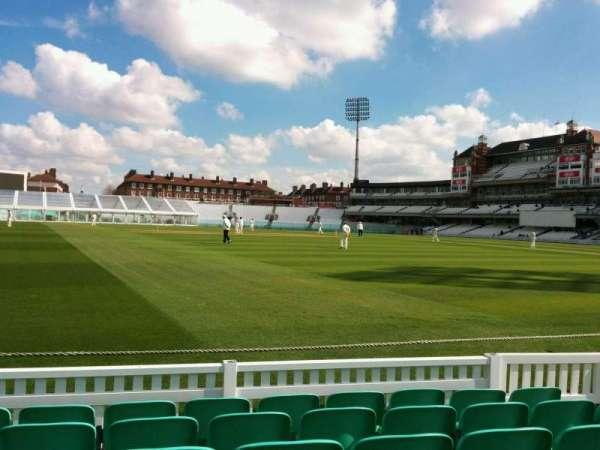 Kia Oval, vak: 5, rij: 6, stoel: 131
