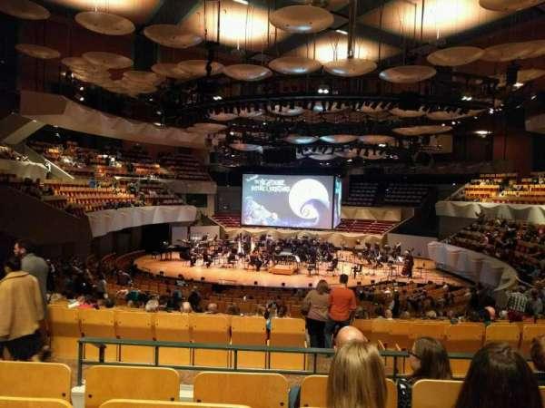 Boettcher Concert Hall, vak: Orchestra 3, rij: v, stoel: 63