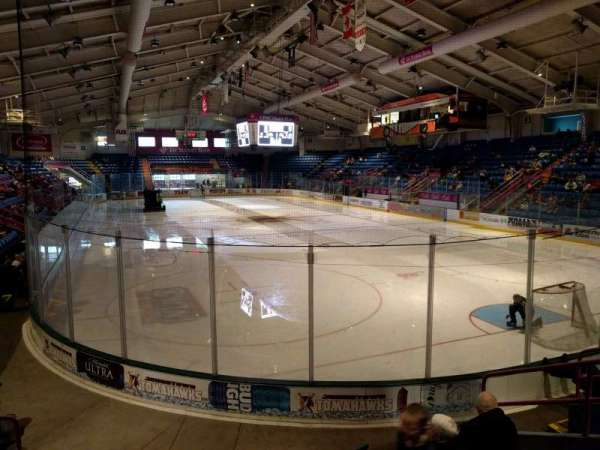 1st Summit Arena, vak: 19, rij: g, stoel: 3