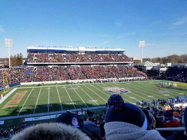 Navy-Marine Corps Memorial Stadium, vak: 107, rij: 7, stoel: 9