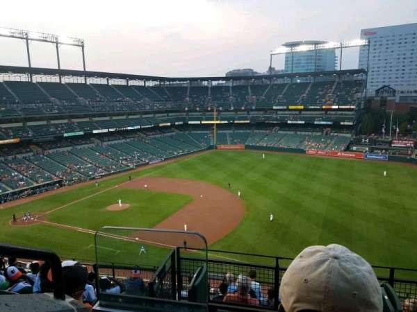 Oriole Park at Camden Yards, vak: 312, rij: 10, stoel: 18