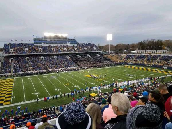Navy-Marine Corps Memorial Stadium, vak: 132, rij: 11, stoel: 17