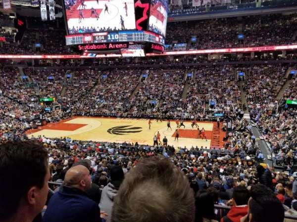 Scotiabank Arena, vak: 118, rij: 27, stoel: 6