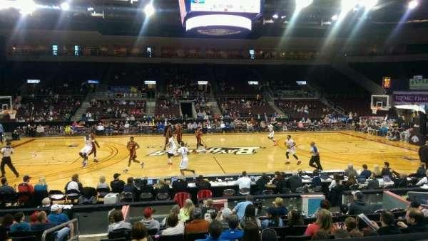 Erie Insurance Arena, vak: 204, rij: L, stoel: 11
