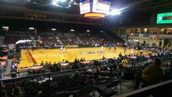 Erie Insurance Arena, vak: 217, rij: P, stoel: 7