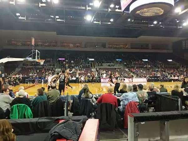 Erie Insurance Arena, vak: 118, rij: C, stoel: 12
