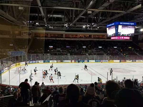 Erie Insurance Arena, vak: 217, rij: U, stoel: 10