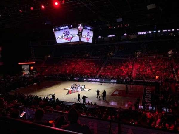 Mandalay Bay Events Center, vak: 208, rij: A, stoel: 6