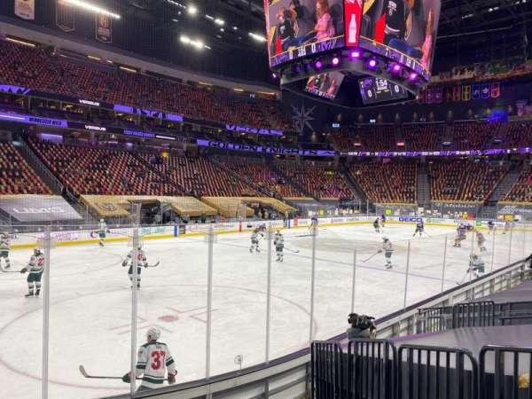 T-Mobile Arena, vak: 13, rij: F, stoel: 3
