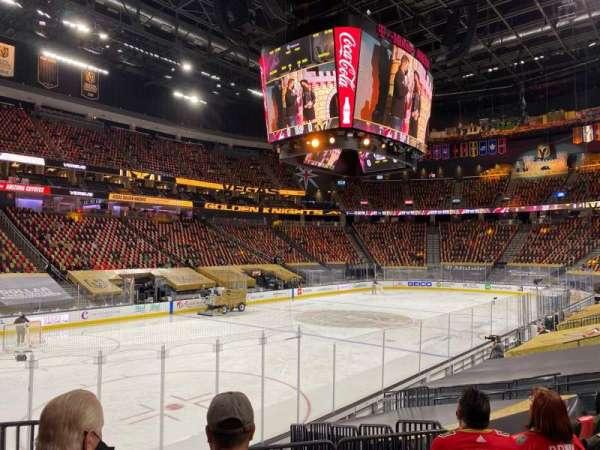 T-Mobile Arena, vak: 13, rij: K, stoel: 3